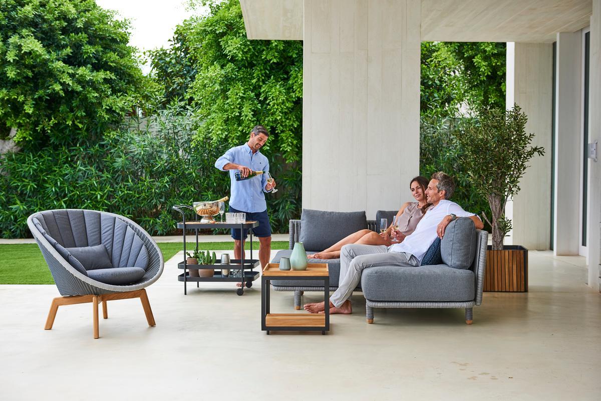 Garden Life Outdoor Living – 'Moments' Lounge és 'Peacock' Lounge fotel